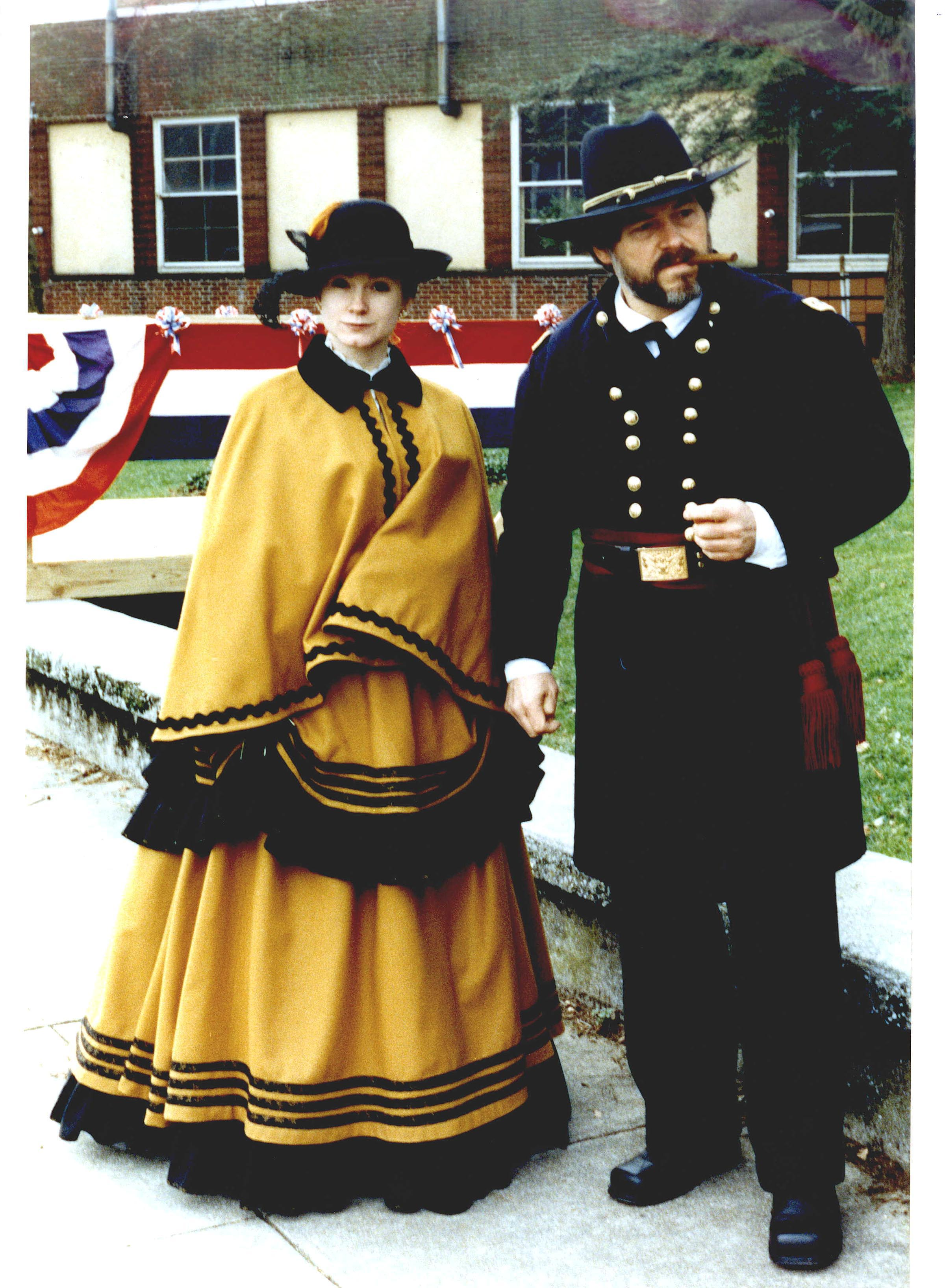 Gen-and-Mrs-Grant-color
